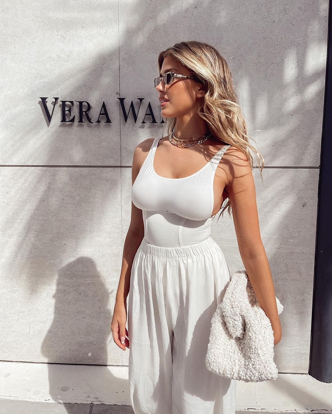Kara Del Toro Braless Breasts