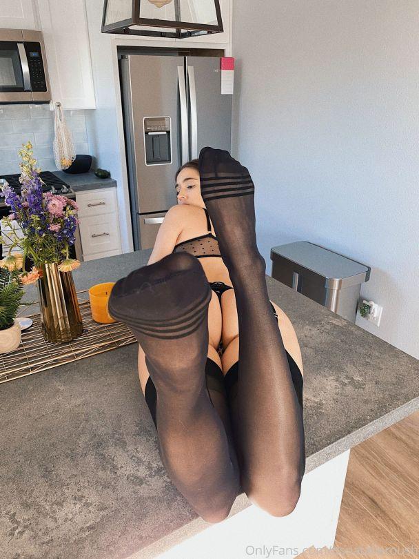 Natalie Roush Racy Lingerie Pics