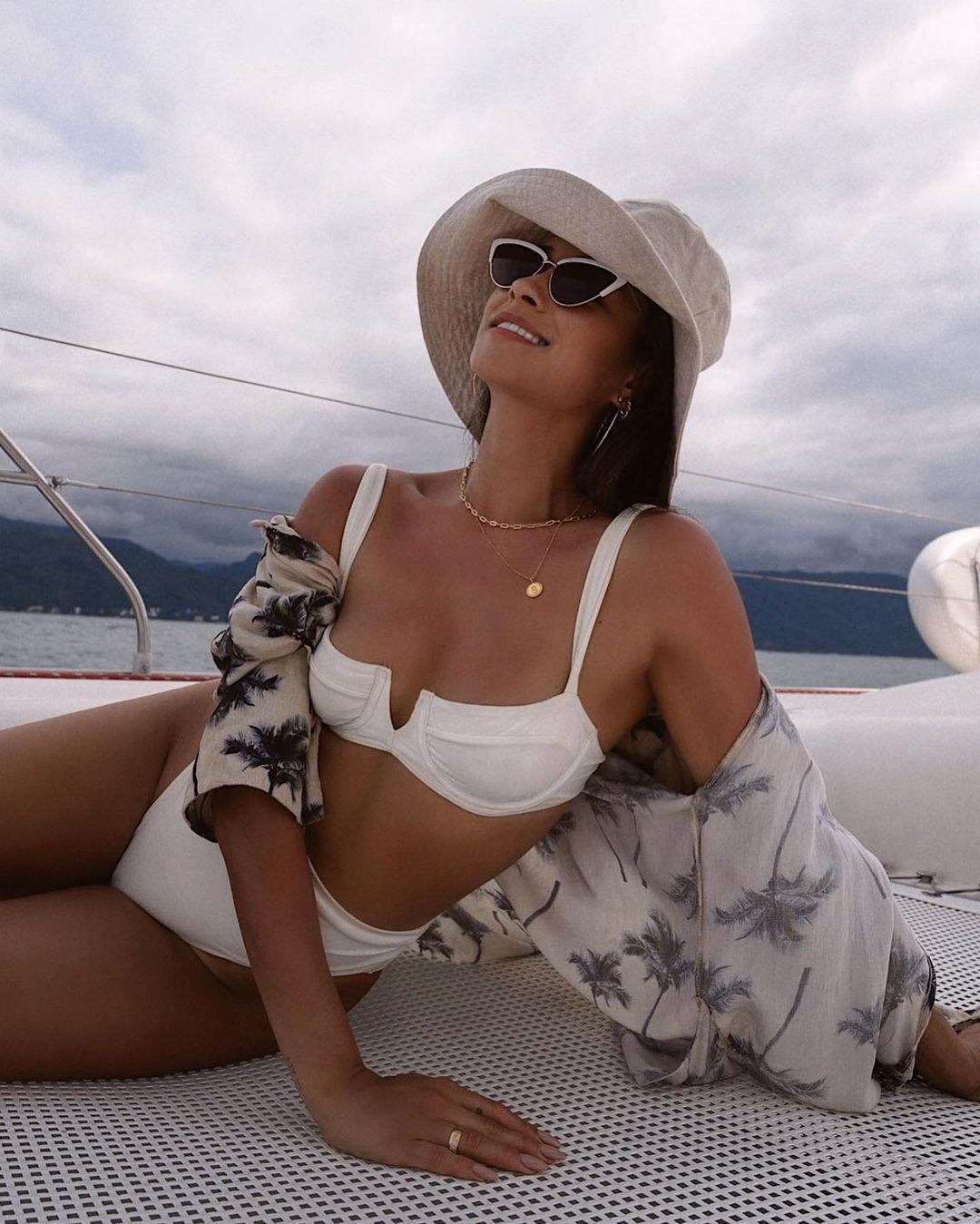 Shay Mitchell Sexy In Bikini
