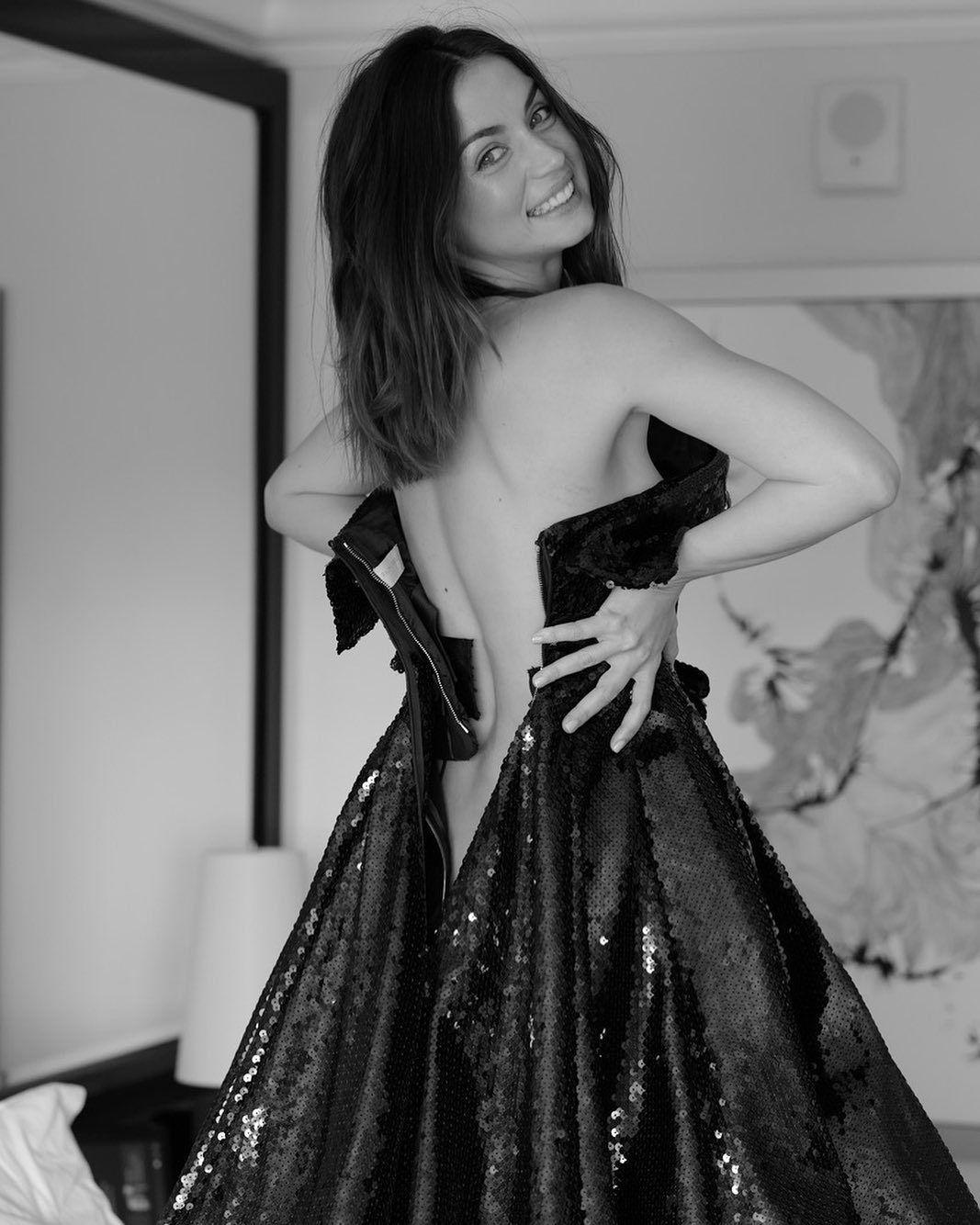 Ana De Armas Sexy Pic