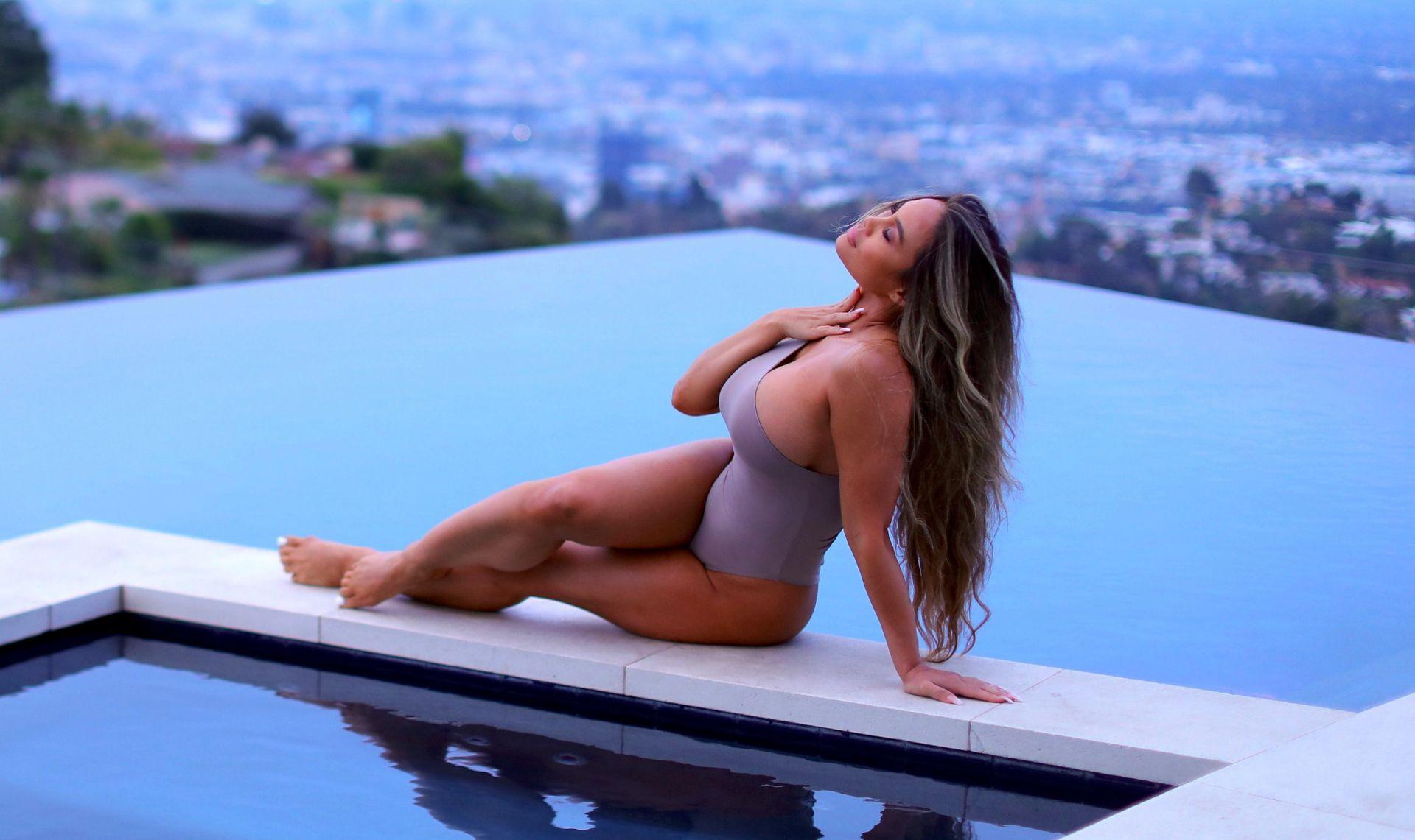 Daphne Joy Sexy Ass