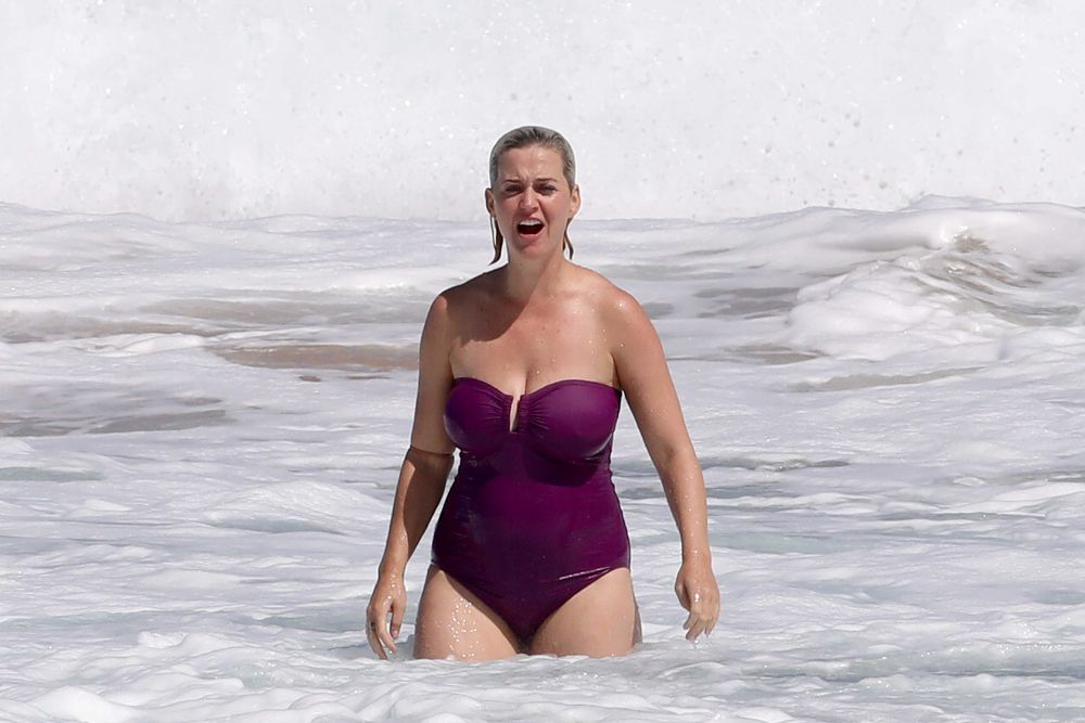 Katy Perry In Swimsuit