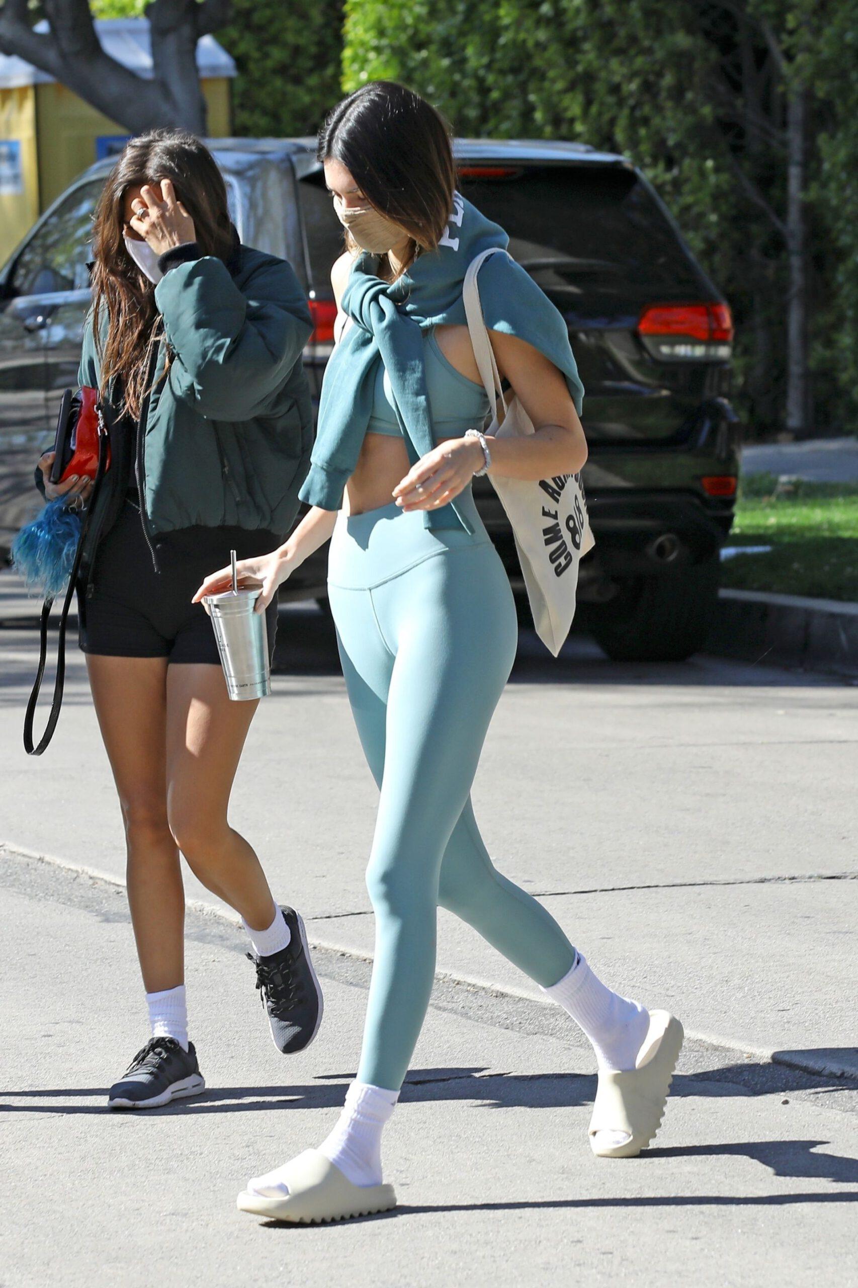 Kendall Jenner Hot Body