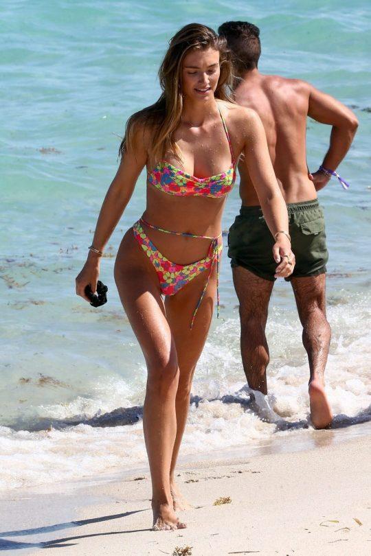 Lorena Rae In Bikini