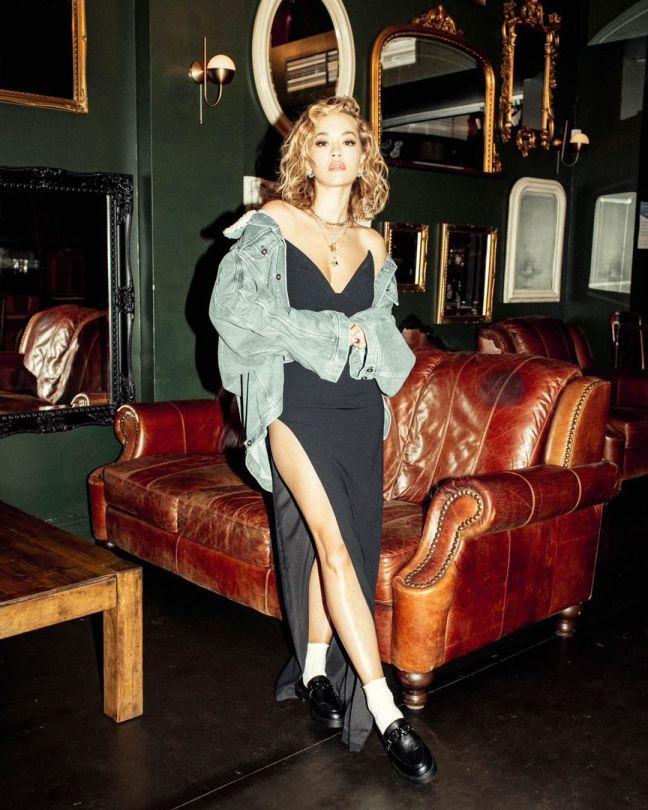 Rita Ora Leggy In Black Dress