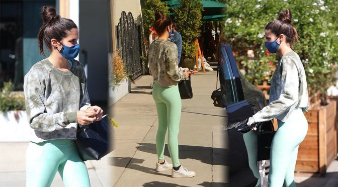 Sara Sampaio – Sexy Ass in Leggings at Urth Caffe in West Hollywood