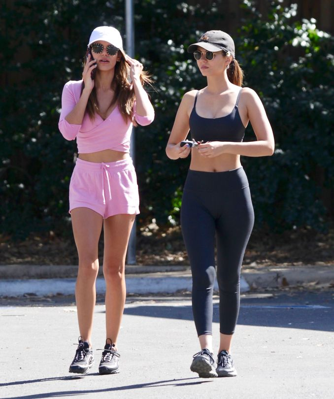 Victoria Justice Madison Reed Sexy Sisters