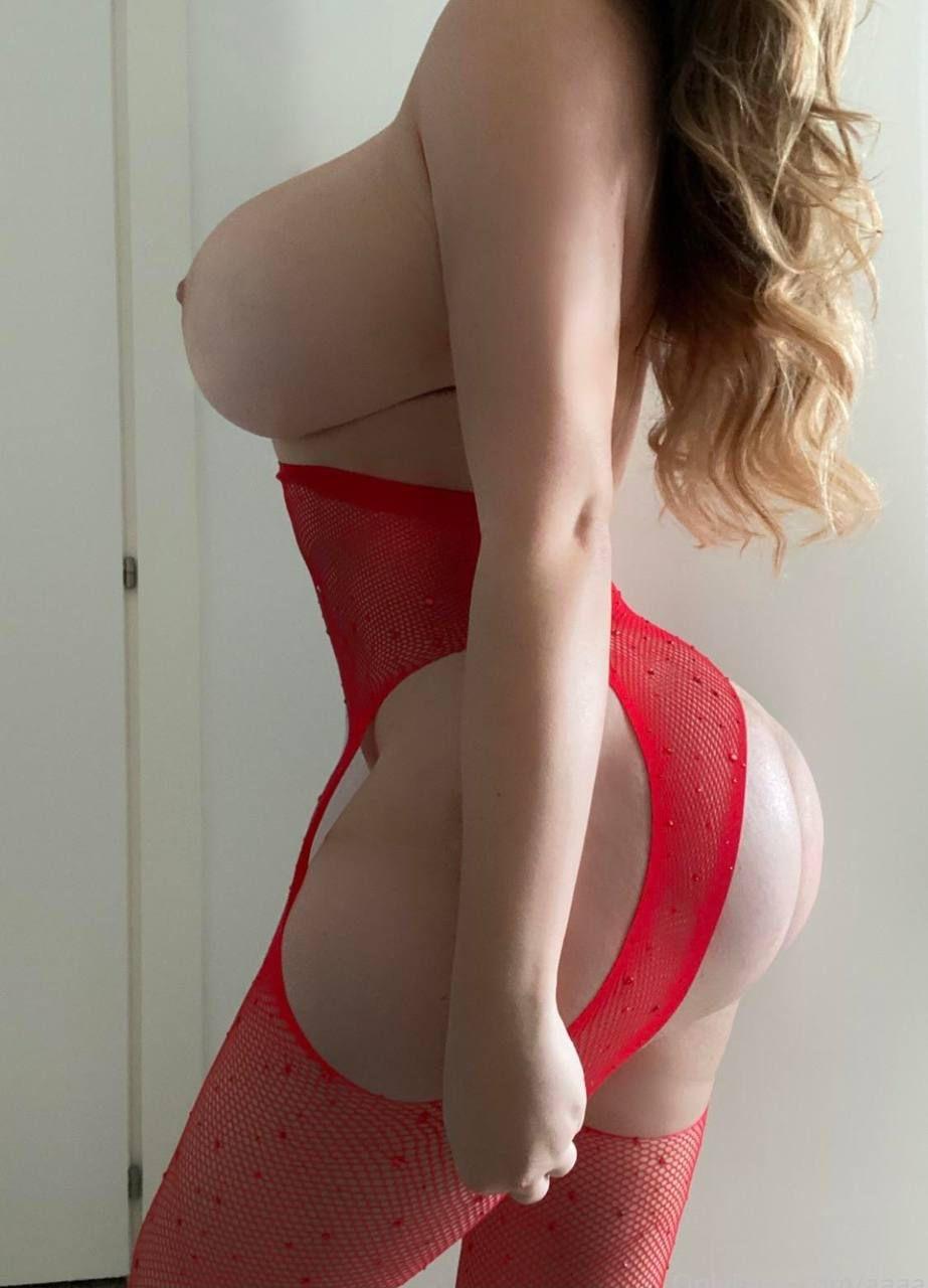 Anastasia Kvitko  nackt