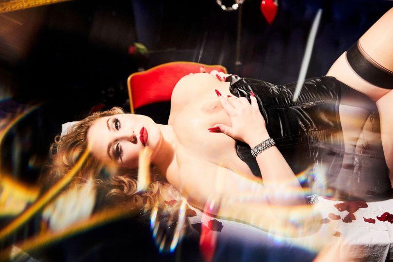 Hayley Hasselhoff Topless Tits