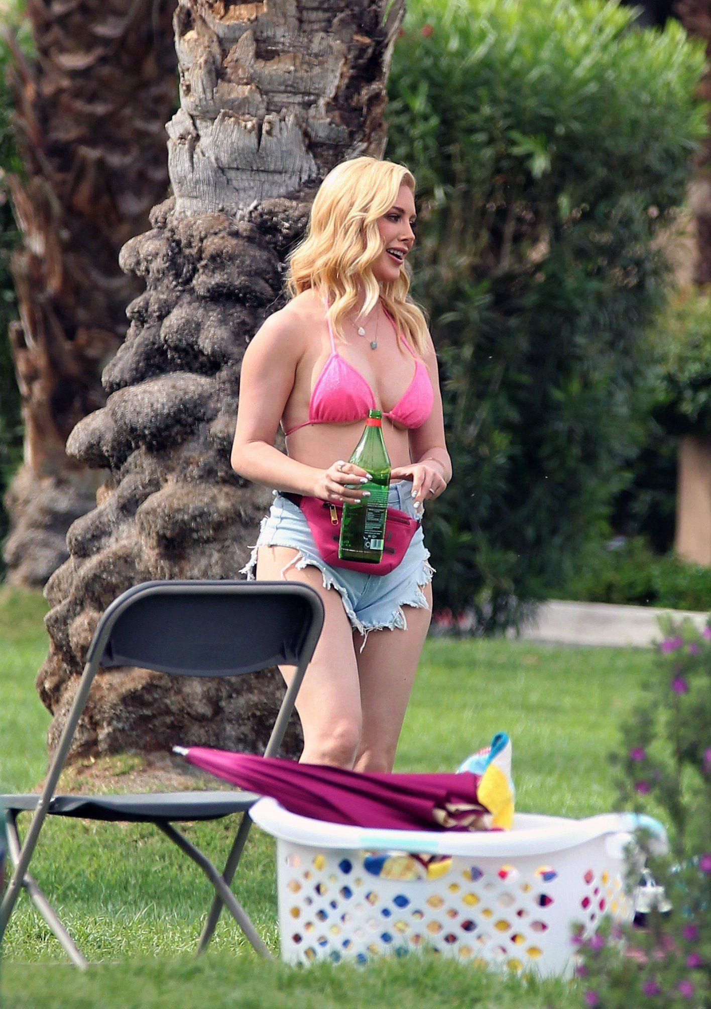 Heidi Montag Sexy In Bikini