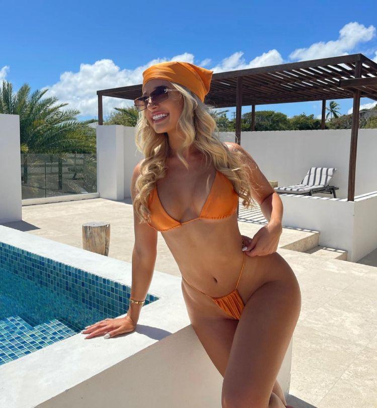 Jilissa Ann Zoltko Stunning Body
