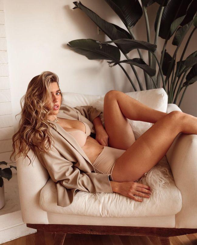 Kara Del Toro Beautiful In Underwear