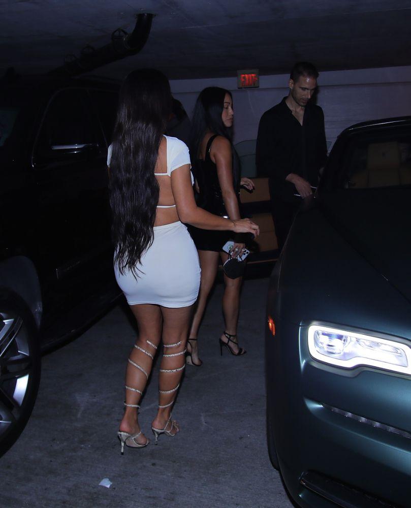 Kim Kardashian Hot Mini Skirt