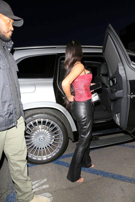 Kim Kardashian Sexy Cleavage