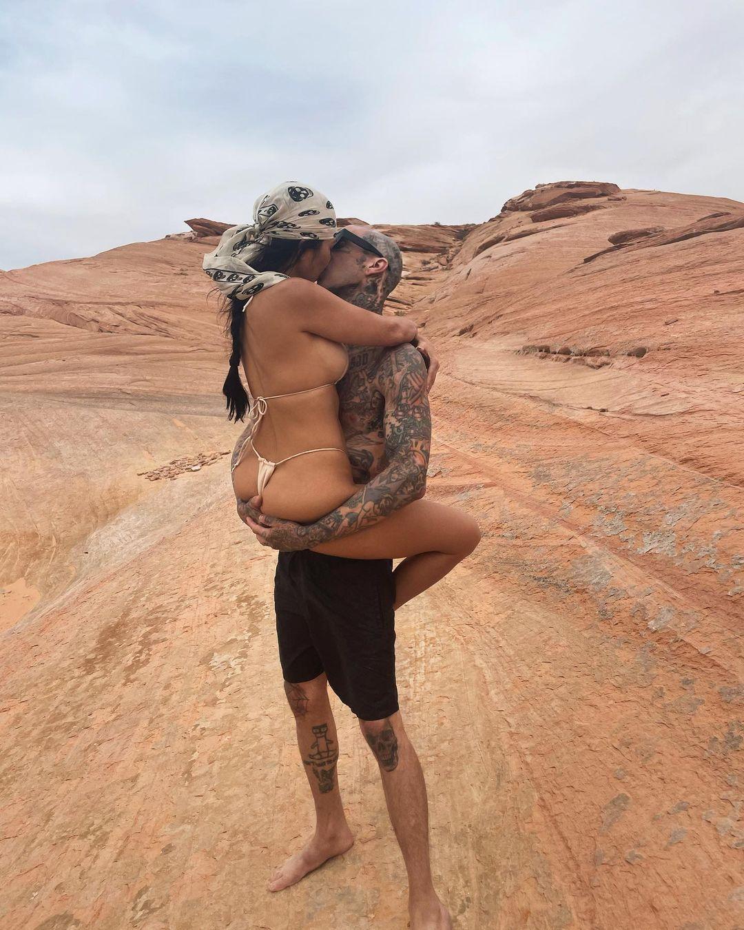 Kourtney Kardashian In Thong Bikini