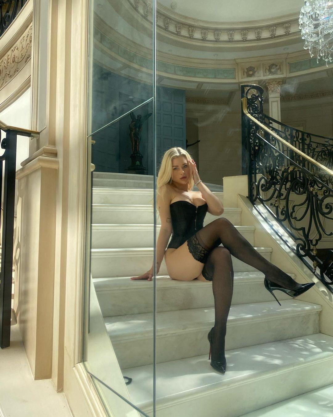 Lottie Moss In Black Lingerie