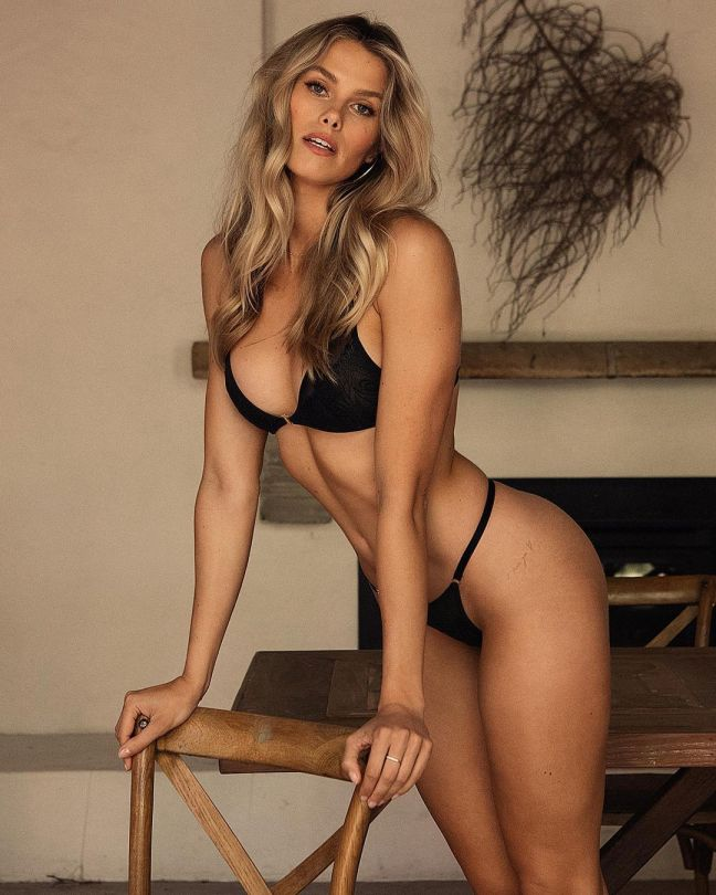 Natalie Jayne Roser Gorgeous Body