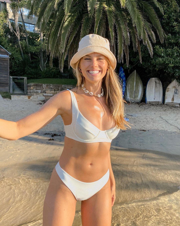 Natalie Jayne Roser In Bikini