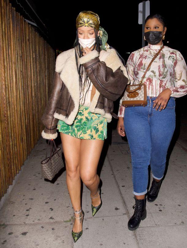 Rihanna Sexy Legs