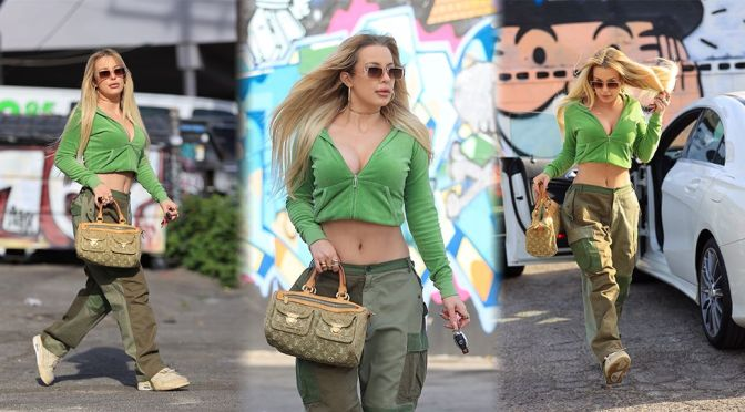 Tana Mongeau – Sexy Cleavage Out on Melrose Avenue in West Hollywood