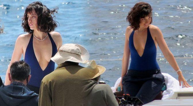 Ana De Armas – Beautiful Braless Cleavage on a Boat in Palma De Mallorca