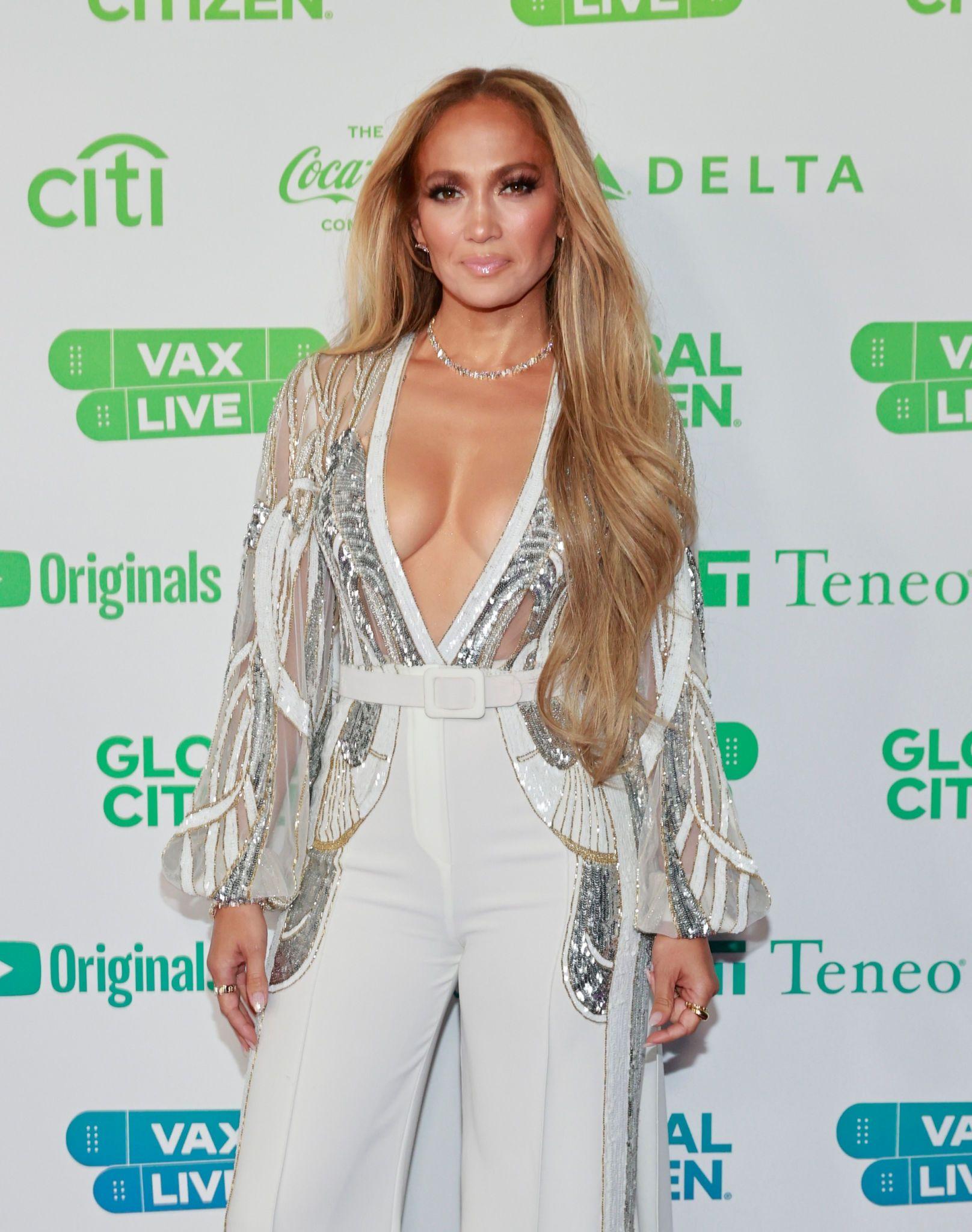 Jennifer Lopez Gorgeous Body