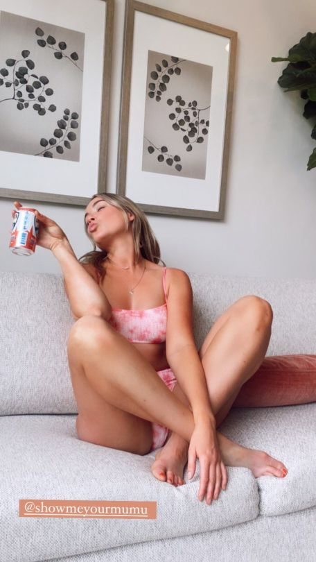 Katrina Bowden Beautiful In Bikini