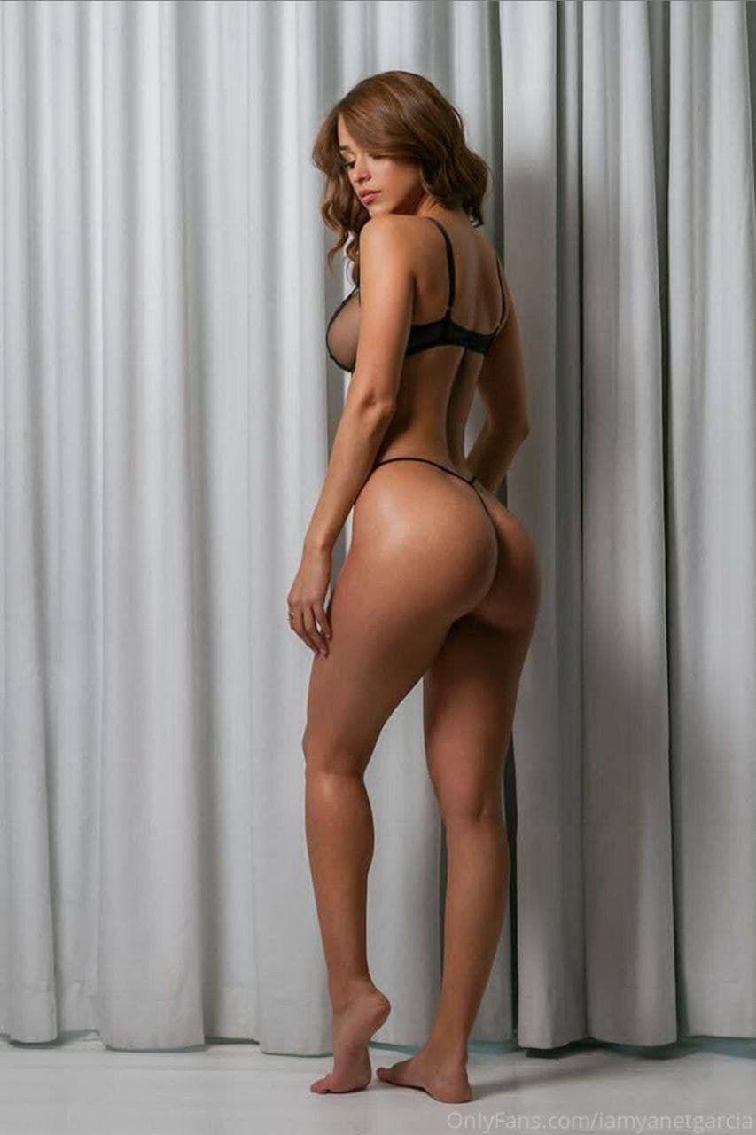 Yanet Garcia Sexy In Lingerie