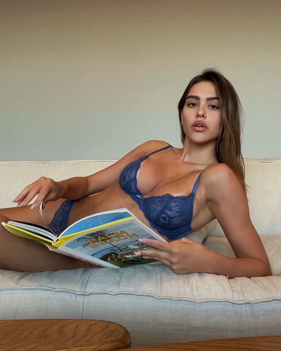 Amelia Gray Hamlin Sexy Boobs