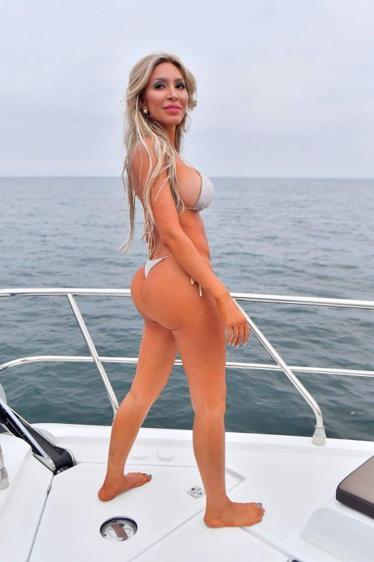 Farrah Abraham Big Boobs In Bikini