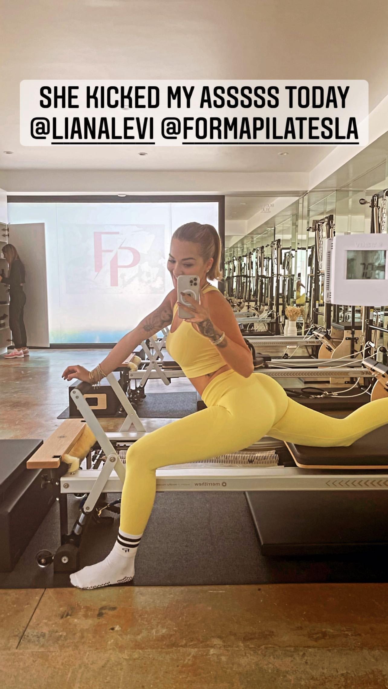 Rita Ora Beautiful Ass In Gym