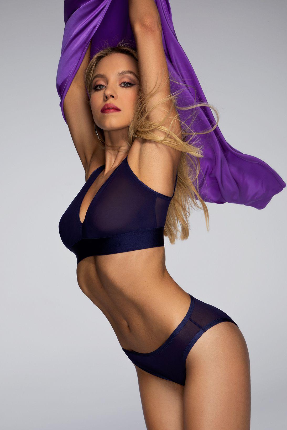 Sydney Sweeney Fantastic Body In Lingerie