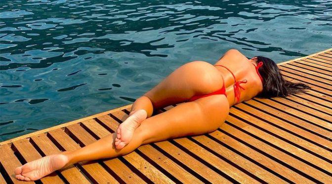 Nicole Scherzinger – Fantastic Ass in a Small Red Thong Bikini