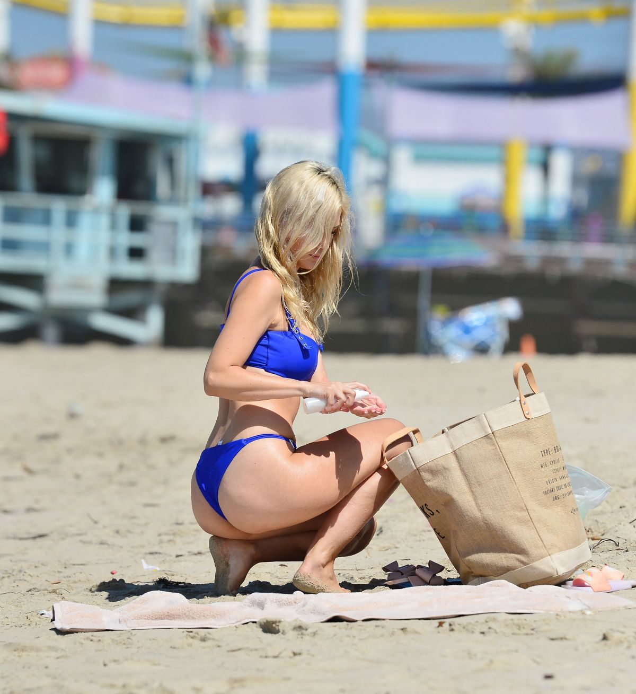 Ella Rose Fantastic Bikini Body