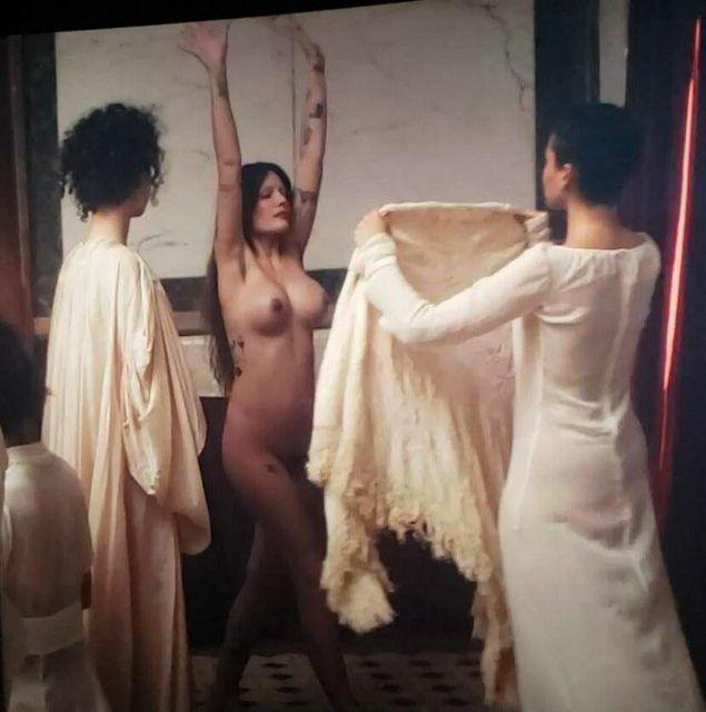 Halsey Naked Body