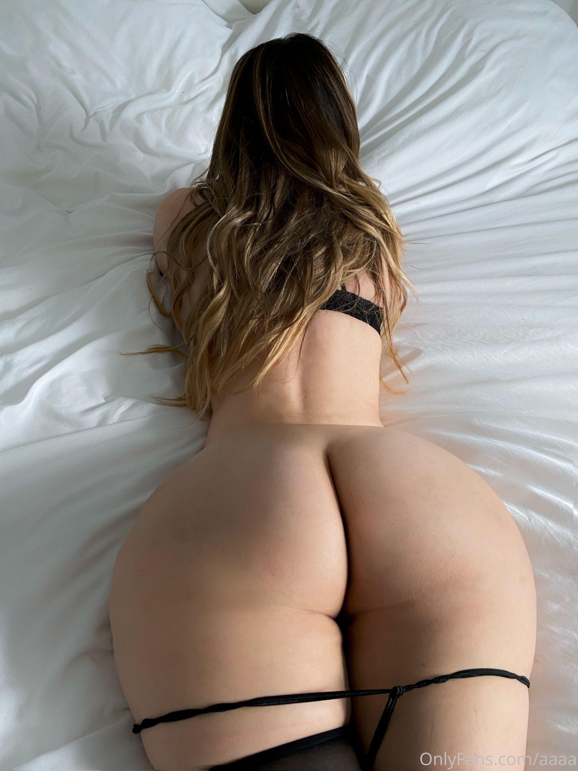 Anastasia Kvitko gola guza i grudi - fotografija 11
