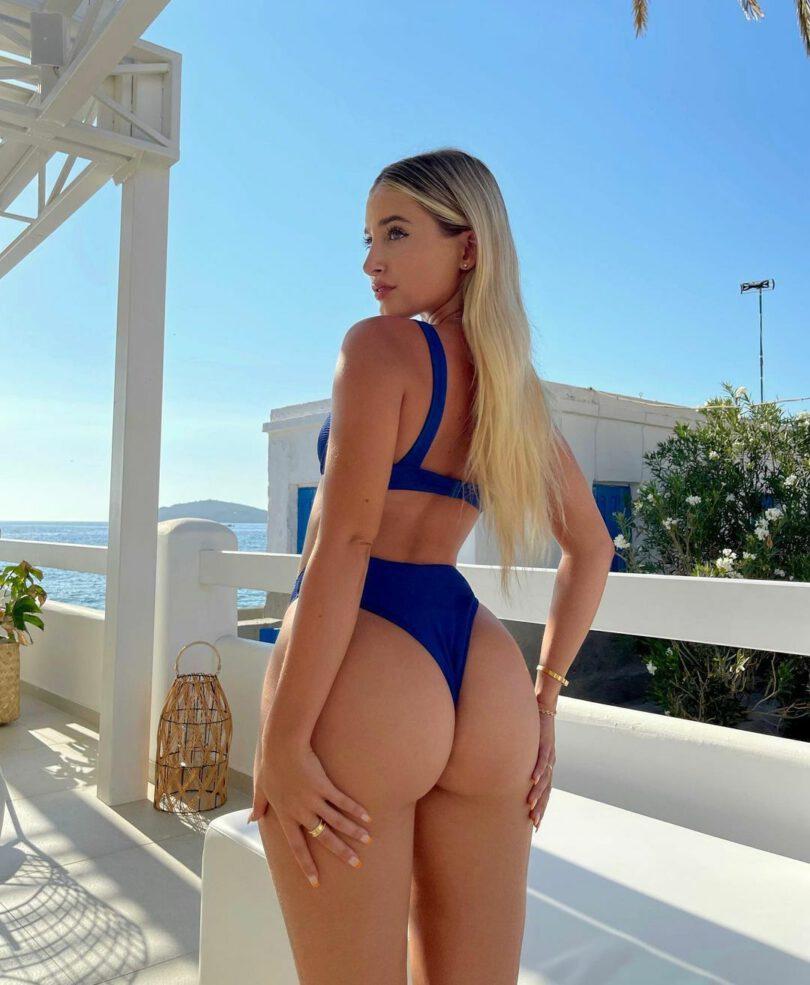 Jilissa Ann Zoltko Gorgeous Ass In Bikini