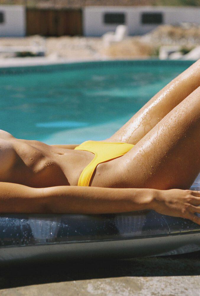 Kristen Kiehnle And Amara Johnson Sexy In Bikinis