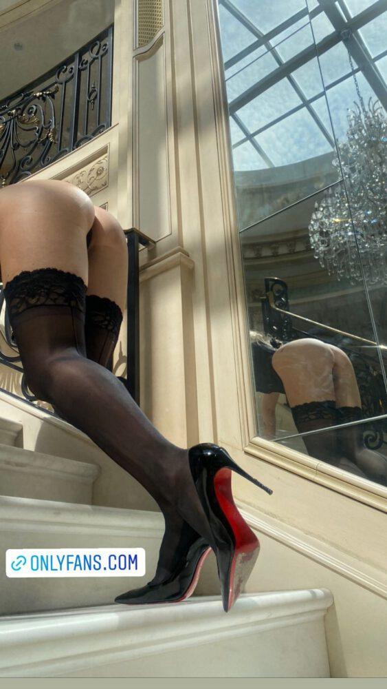 Lottie Moss Sexy Ass In Stockings