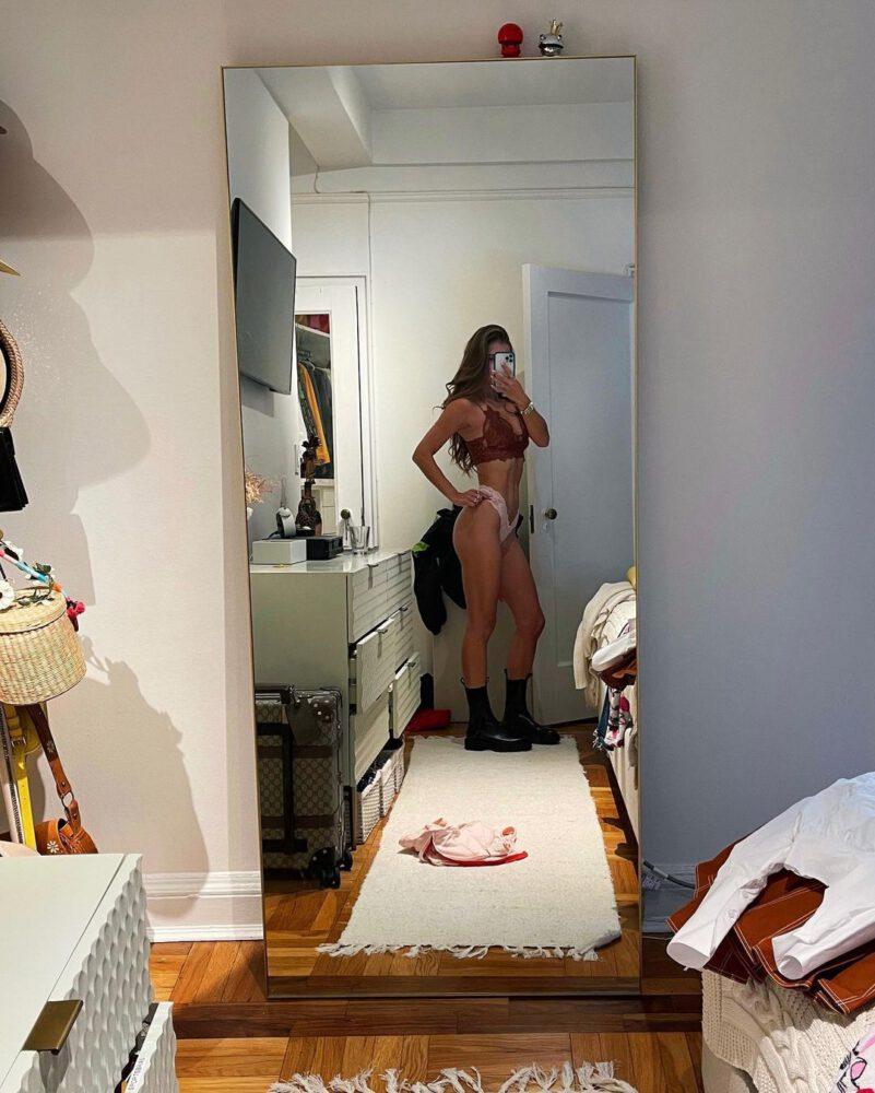 Nina Agdal In Sexy Panties And Bra