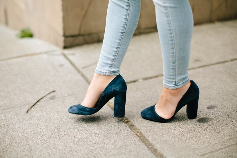 BCBG Navy blue suede chunky heels