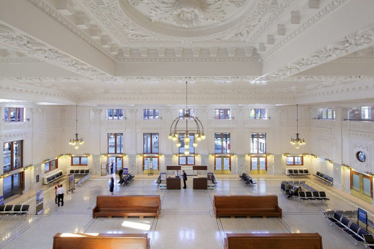 Most Instagram Worthy Places Seattle - King Street Station
