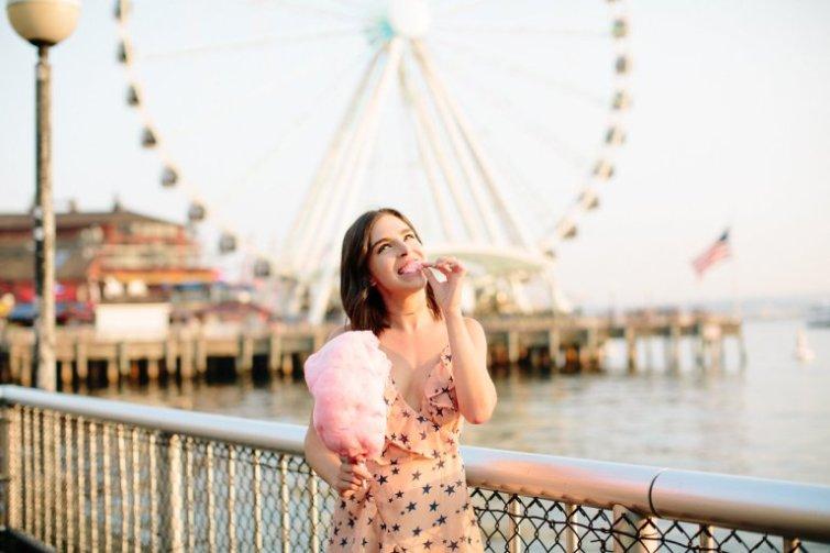 Most Instagrammable Places in Seattle - Seattle Ferris Wheel