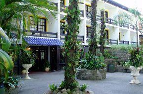 Hotéis e Pousadas na Praia Mole