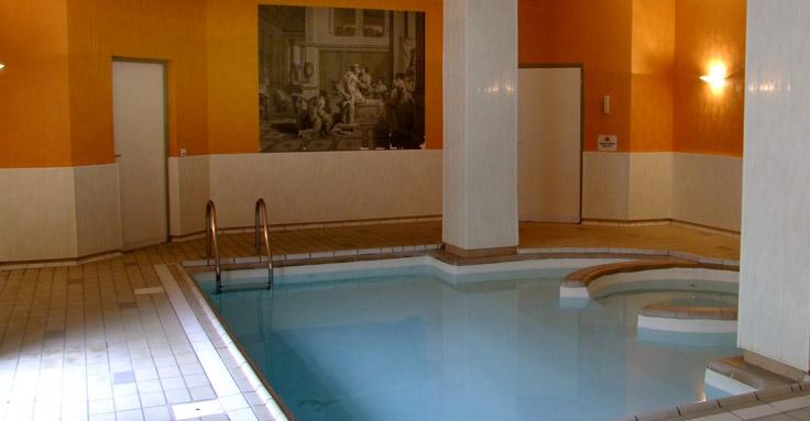 Jacuzzibainsromains Htel Spa Les Bains Romains