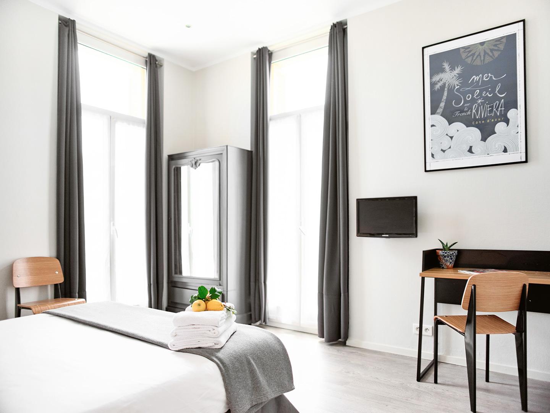 Hôtel Lemon - Menton - Chambre vue jardin 5