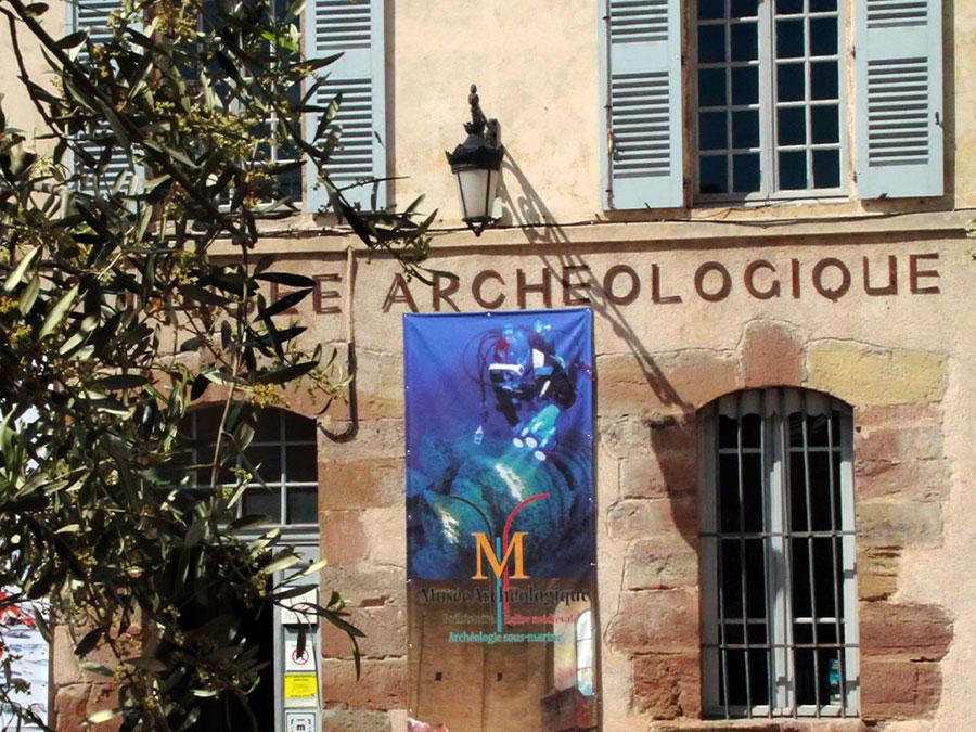 Hôtel Le Virevent Saint Raphaël - Musée Archéologique