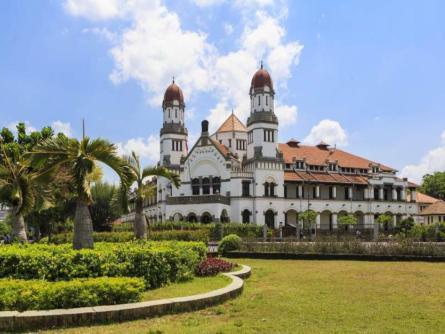 Holiday Inn Express Semarang Simpang Lima