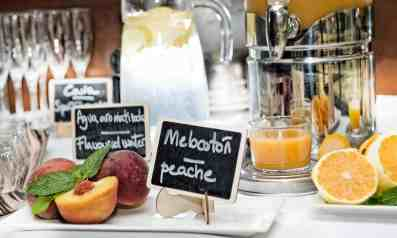HALFAXGB-6584-desayuno-buffet-alfa-hotel-barcelona