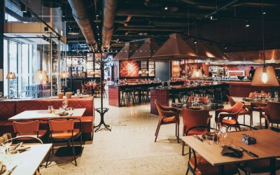 Deferred reopening cuts restaurant orders to suppliers by over 30%